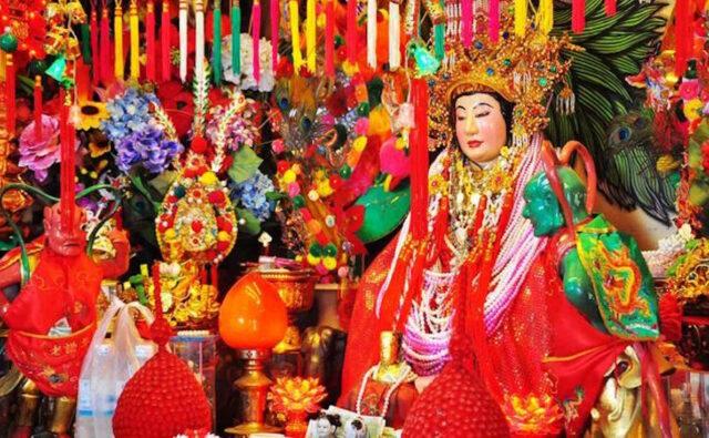 Jao Mae Khao Sam Muk Chinese Temple Shrine